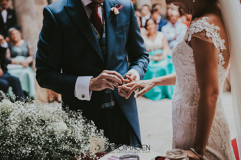 boda civil en el parador de santo estevo