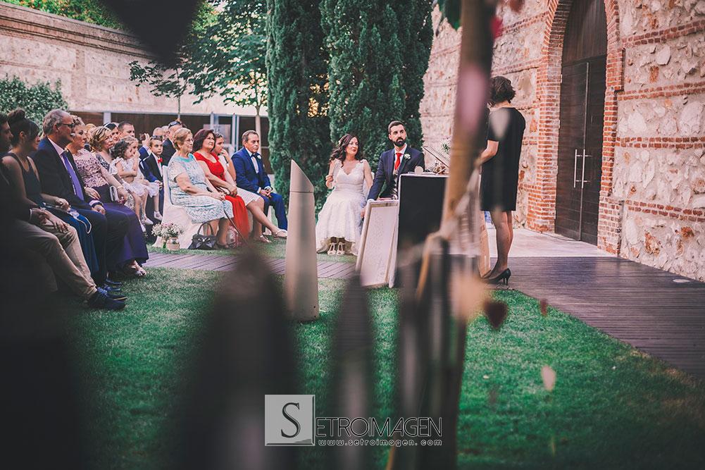 boda_ceremonia_civil_parador_de_alcalá_de_henares-setroimagen-rubenynuria-064