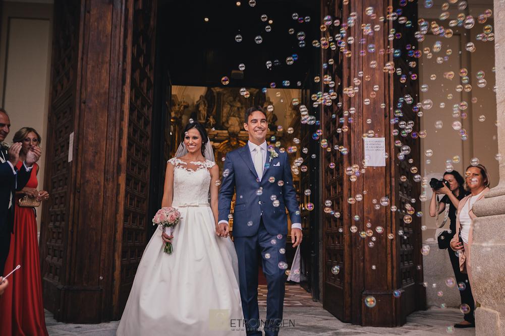 boda en la iglesia santa barbara