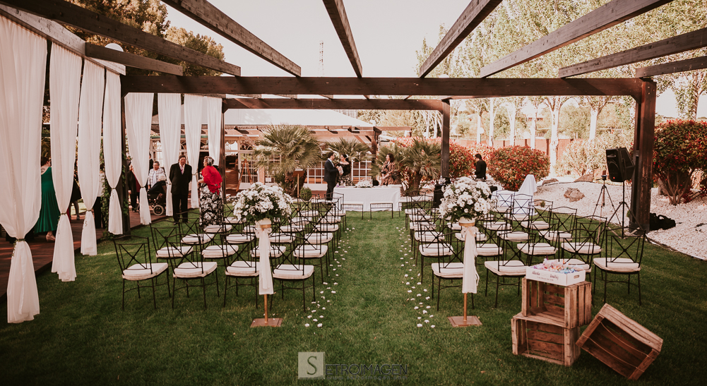boda en el jardín de acadi